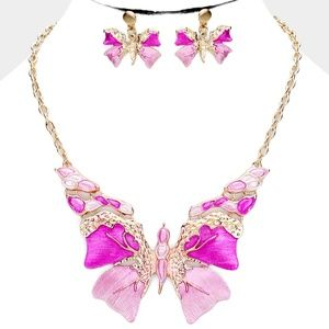 Jewelry - Pink & Gold Butterfly Pendant Necklace Jewelry Set